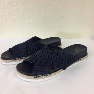 1. State slide blue suede sandals size 8 (D4)